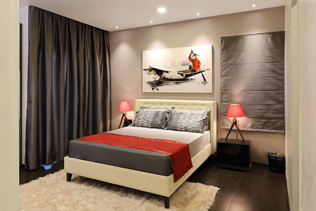 Bold hues used in master bedroom