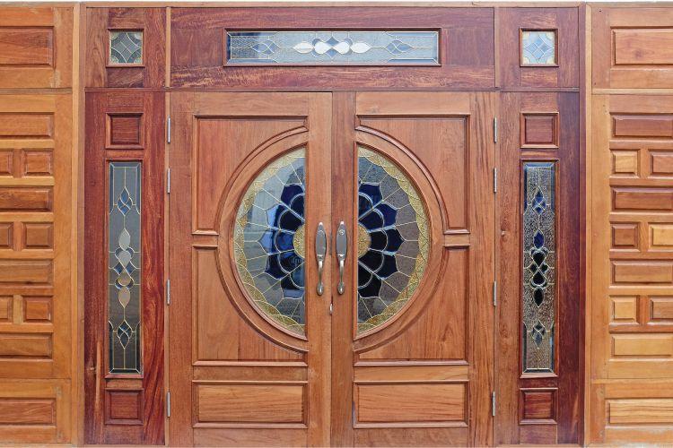 Door design ideas_inlaid glass door