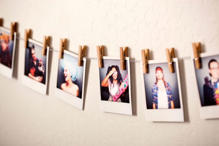diy polaroid gallery