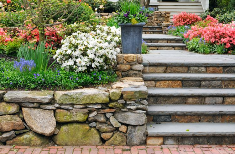 Stone wall cladding-stairway