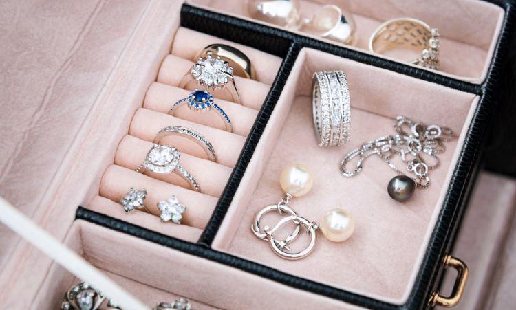 Jewellery organization_jewellery box