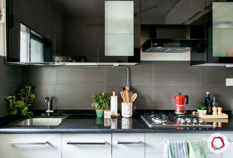 Mumbai modular kitchen_grey backsplash
