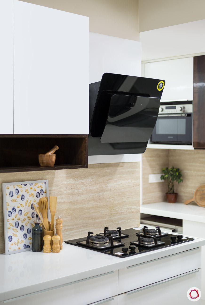 Maintain white kitchens