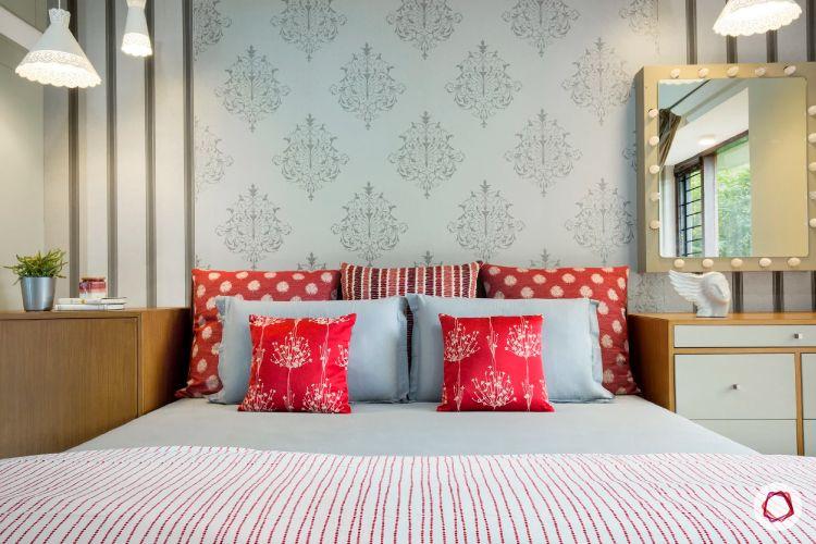 bedroom decor-grey wallpaper-cushions-mirror