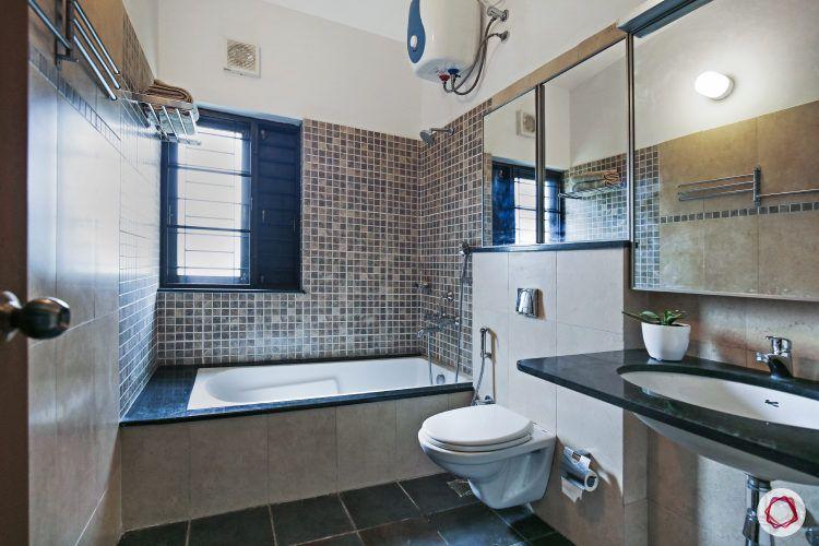 mosaic-wall-tiles-bathtub-toilet-white-blue-mirror
