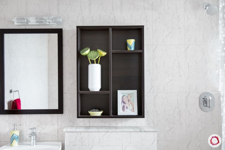 wall-cabinet-toilet-mirror