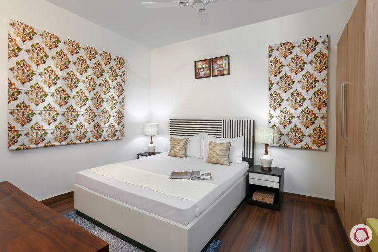 blinds-bedroom-printed-black-white-headboard-wooden-flooring