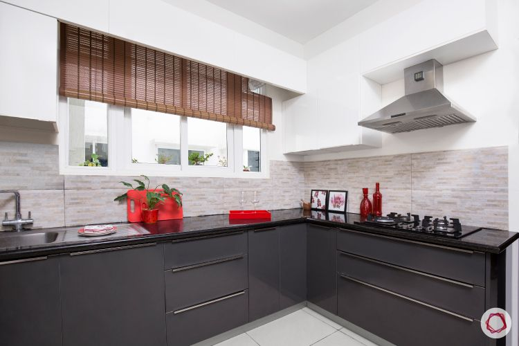 blinds-kitchen-wooden-rustic-grey-cabinets-black-countertop