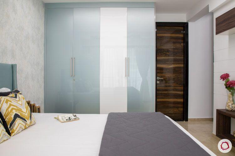 Small home design_master bedroom wardrobe