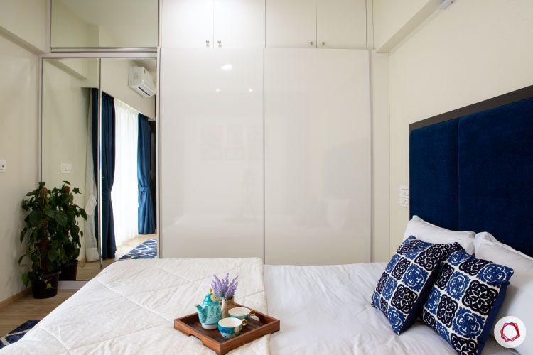 2BHK interior design ideas_master bedroom wardrobe