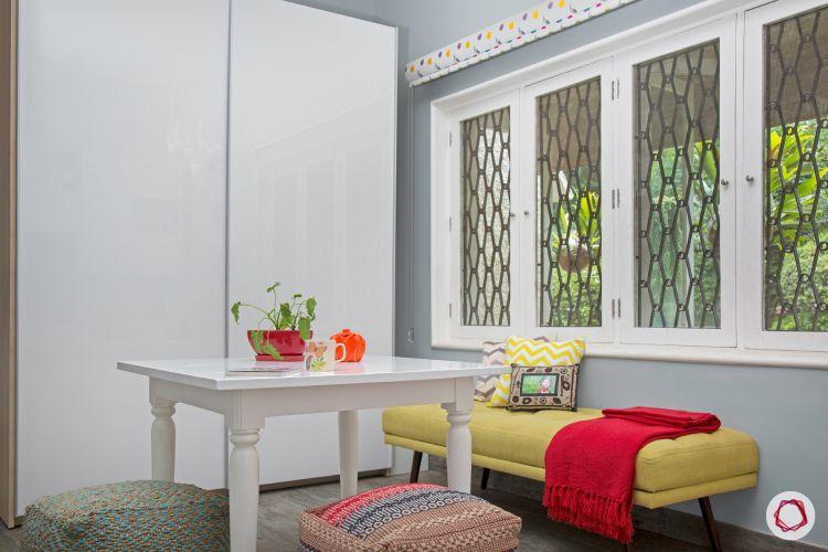 Room interior design_table