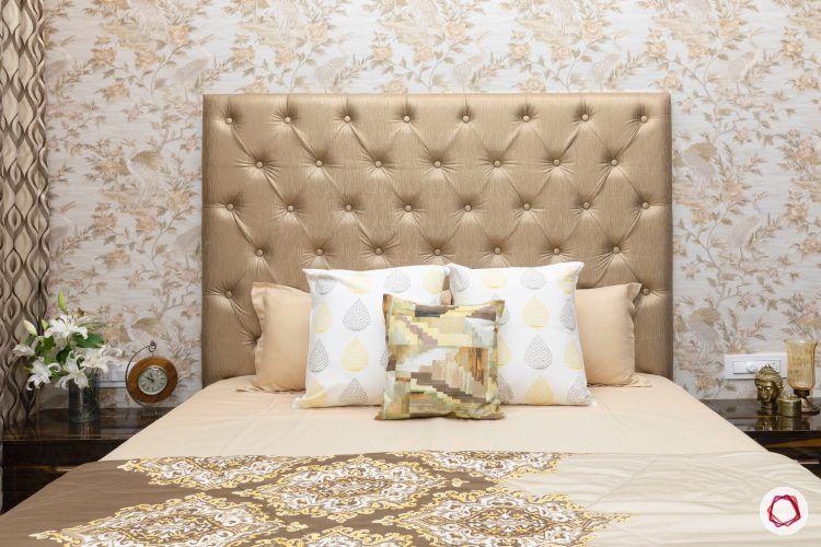 indian-house-design-golden-bed