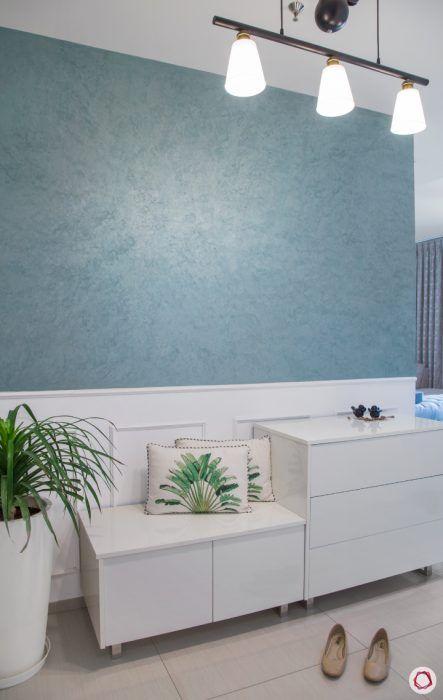 4bhk-house-blue-foyer