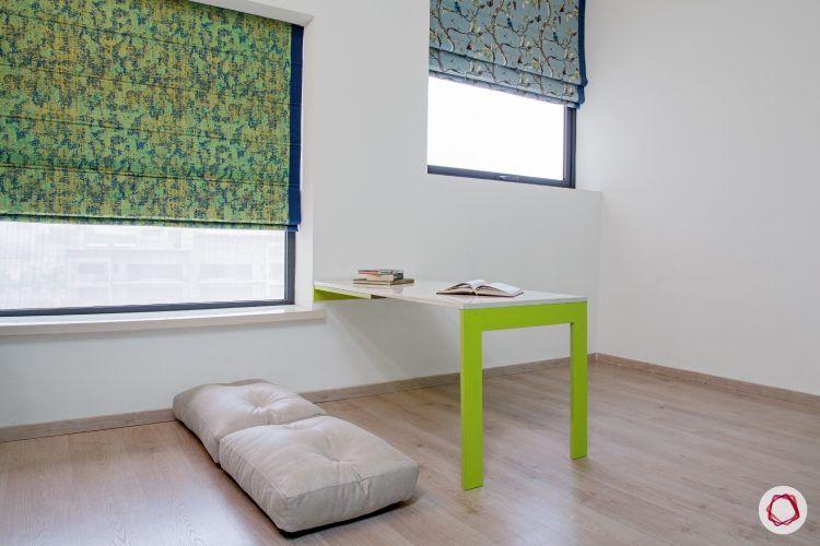 4bhk-house-playroom-study-table-windows