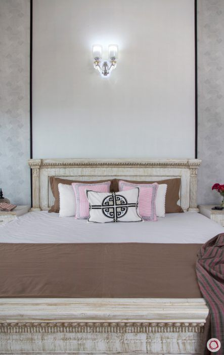 4bhk-house-bed-wall-panel