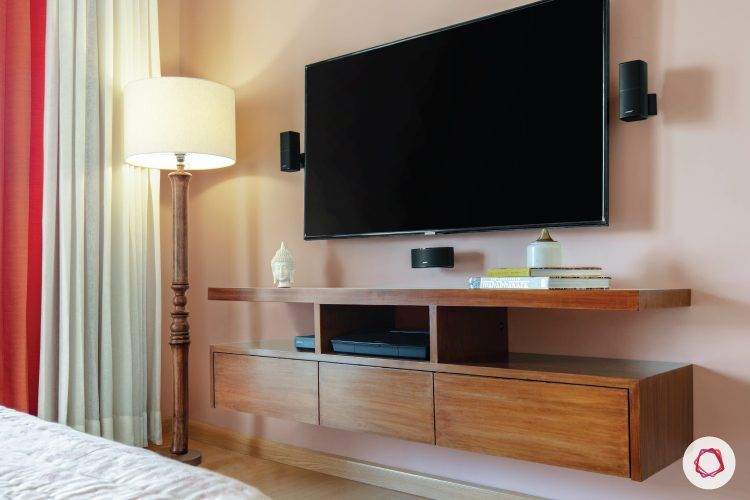 4BHK-plan-master-bedroom-TV