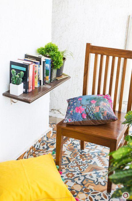 reading-corner-wall-ledge