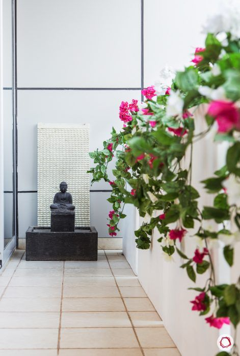 reading-corner-balcony-buddha