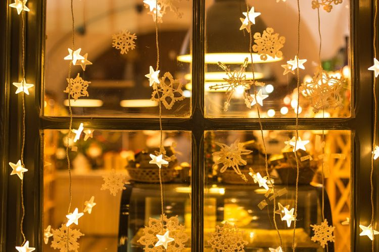 christmas decoration ideas window