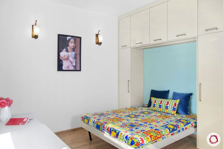 House design photo_guest room bed