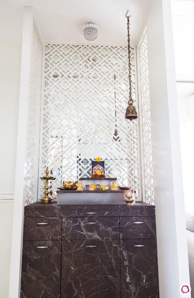 Modern pooja room designs_jaali panels