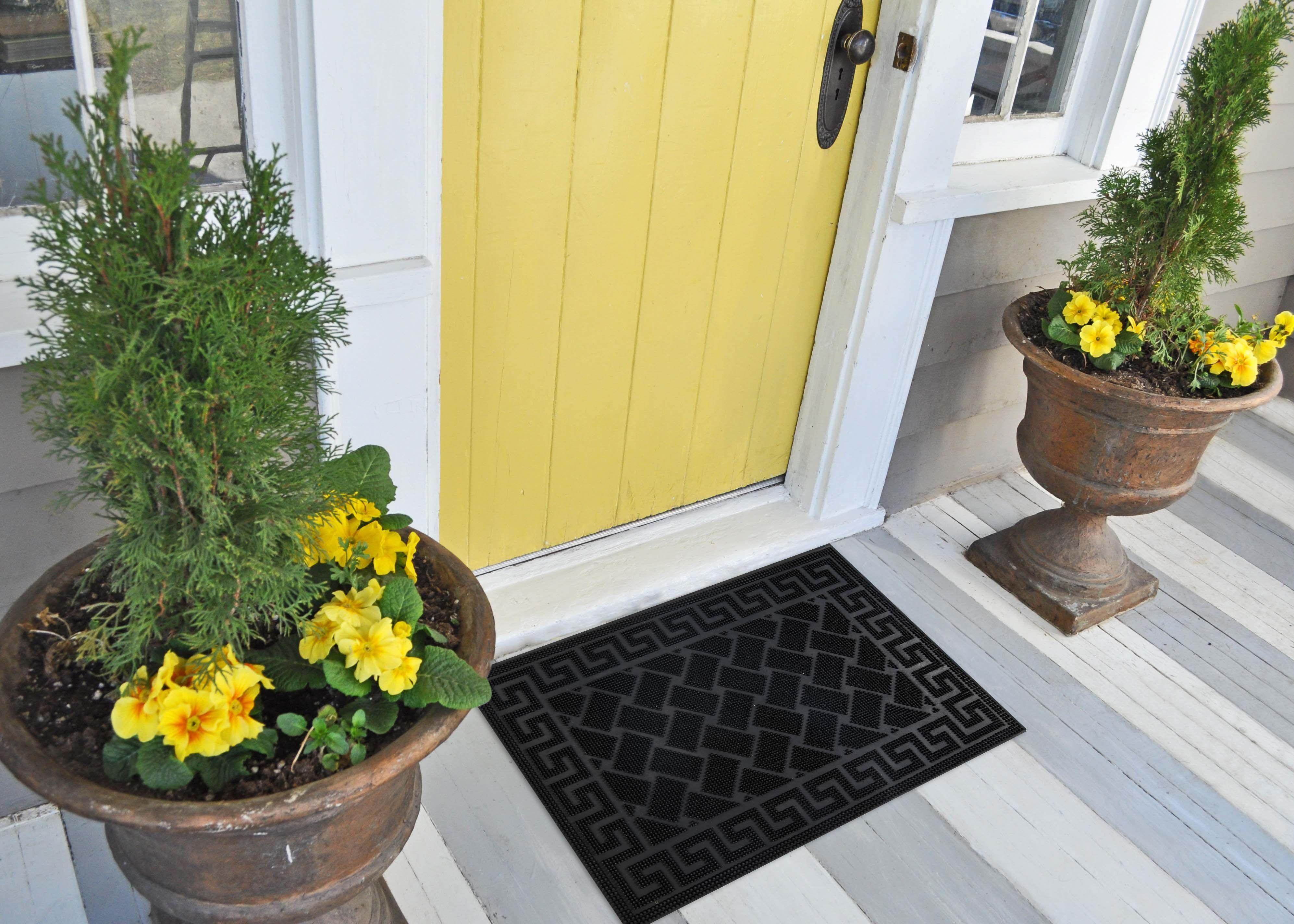 Vastu for entrance_yellow door design