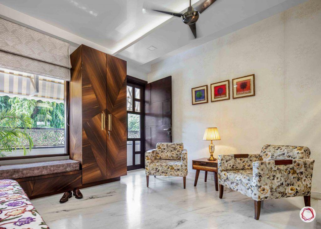 Flats in Delhi_master bedroom window seating