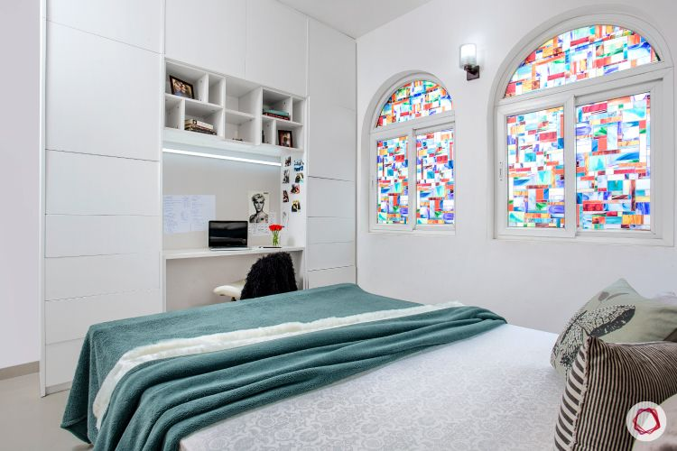 Room decor_stained glass window