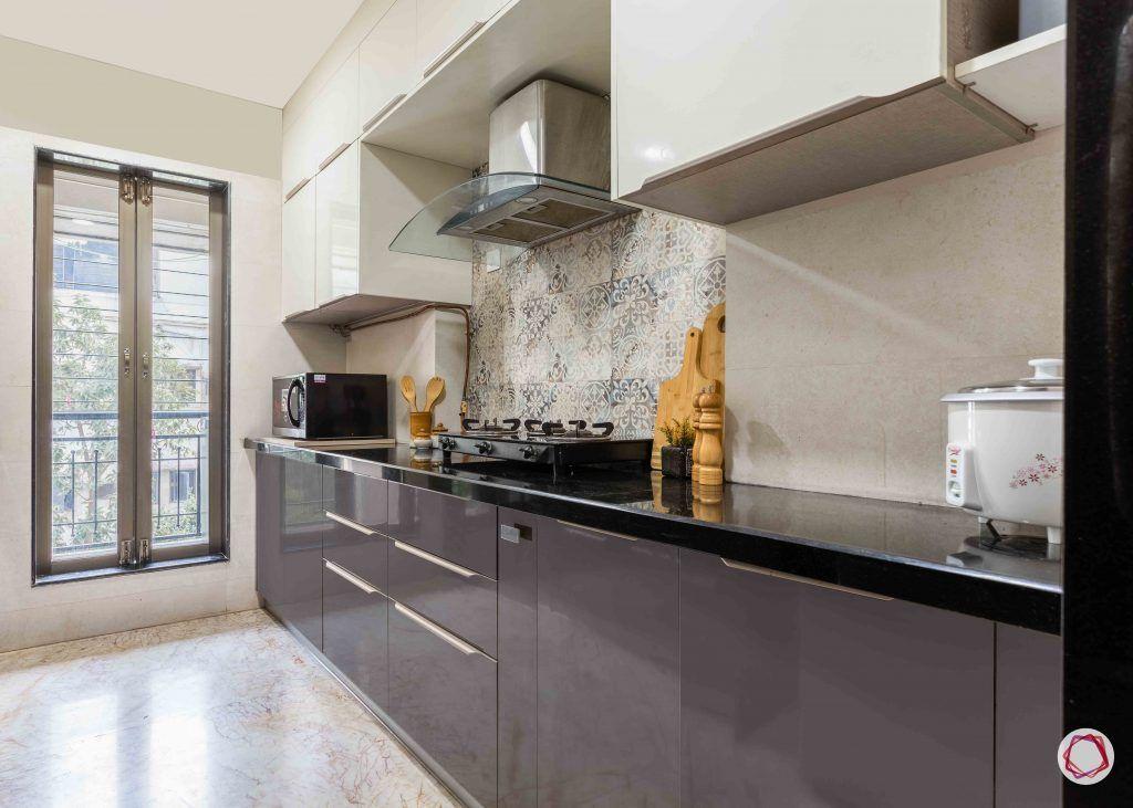 home interior-kitchen-black and white cabinets