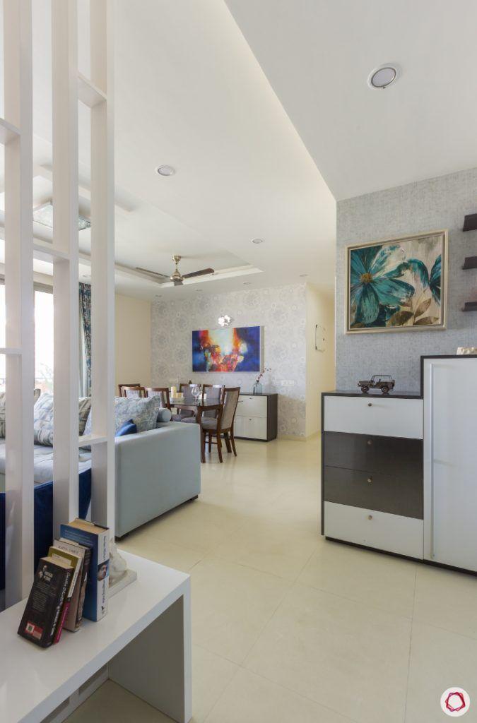 house photos-foyer space