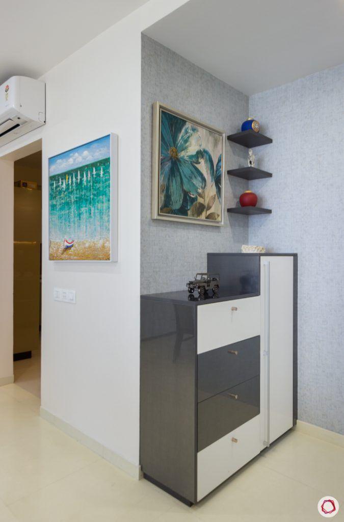 house photos-paintings-foyer