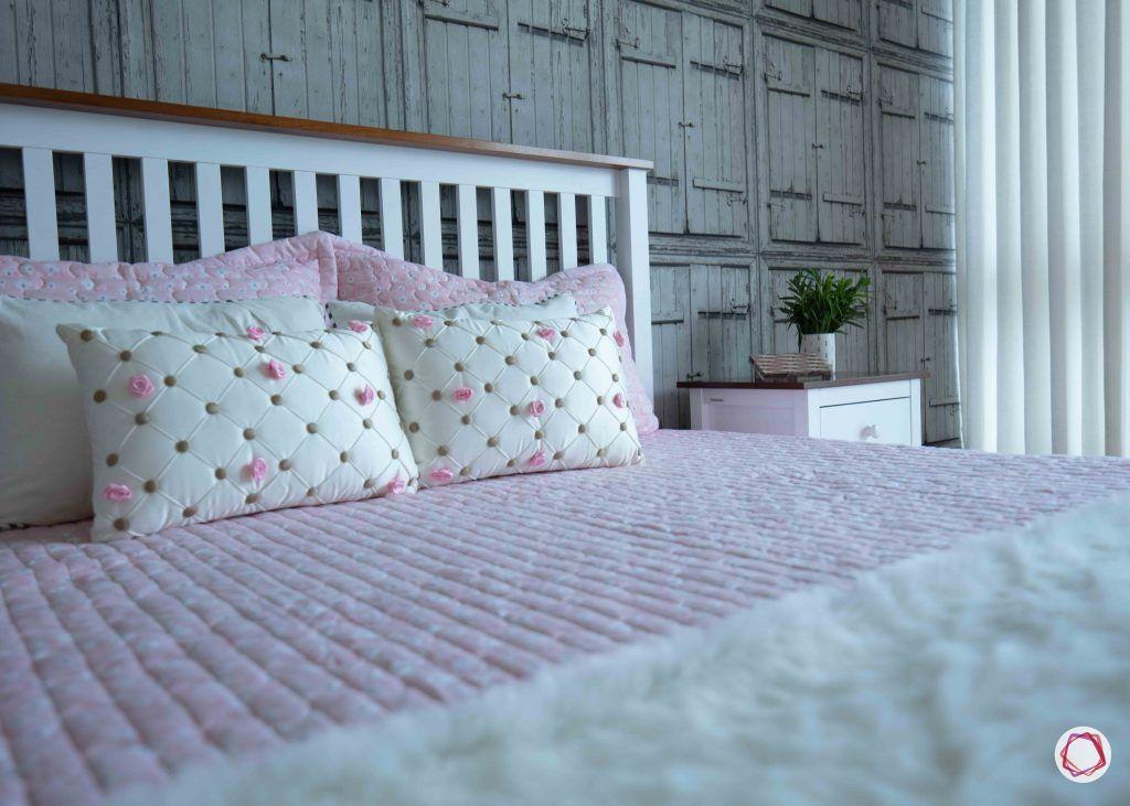 Flats in gurgaon_bedroom bed
