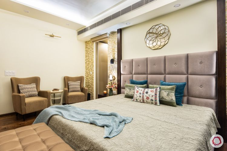 Beautiful home interiors_master bedroom bed and chairs