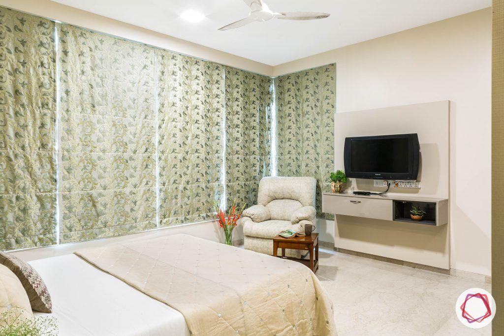 Oberoi esquire_master bedroom tv unit