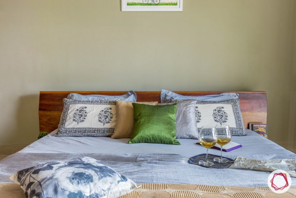 prestige ferns residency bedroom bed pillows