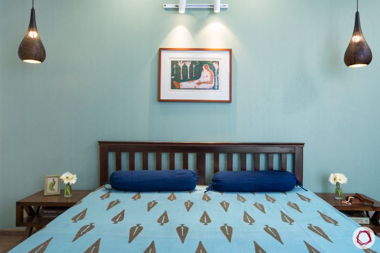 wall paint colours-indian bedroom design-light blue wall-wooden bed