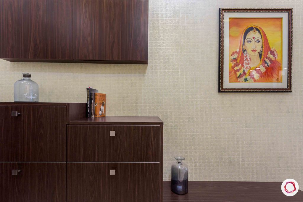 sobha forest view-foyer-membrane finish-simple handles-beige wallpaper
