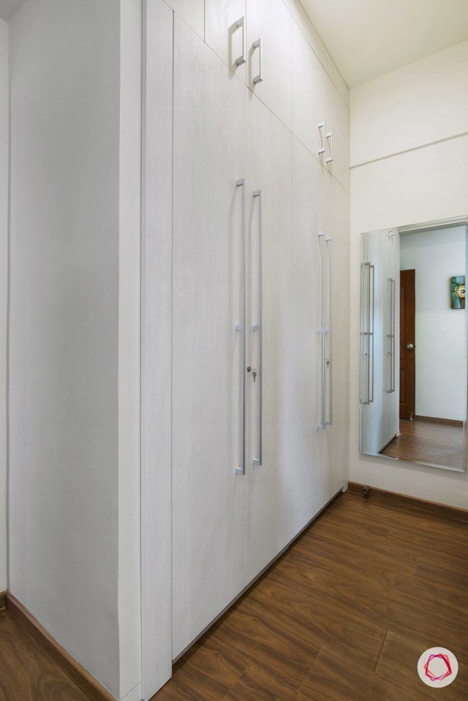 3 bedroom flat design-white membrane cabinet-walk-in cabinet-walk-in closet designs