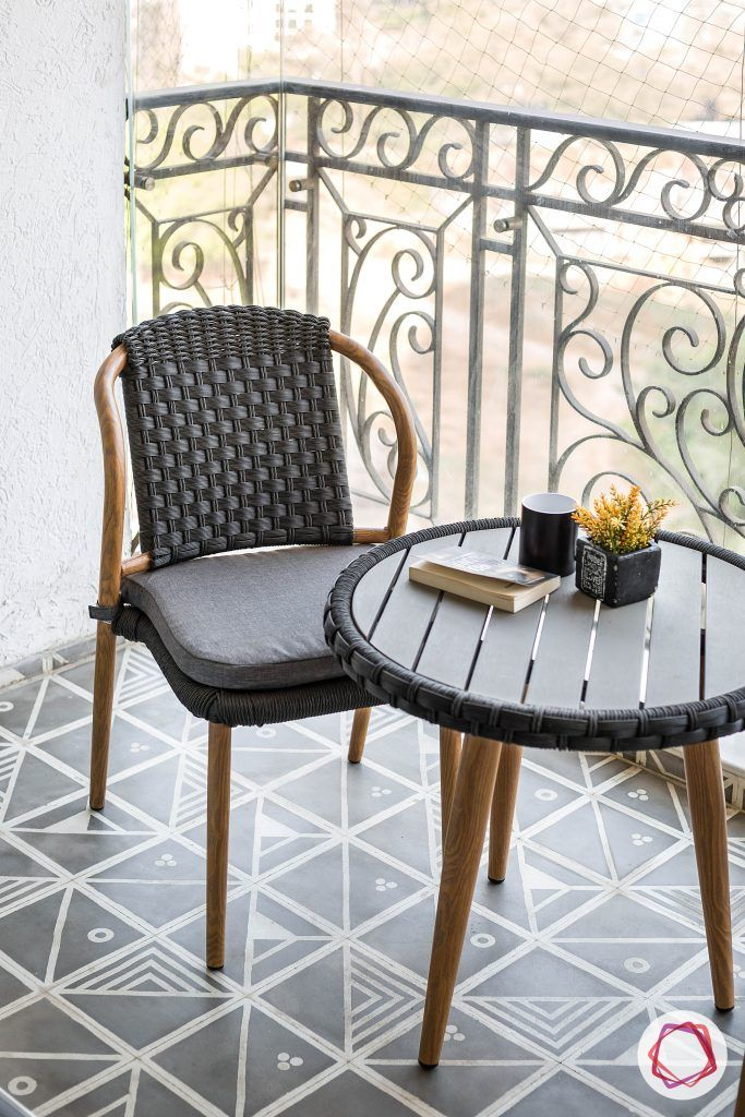 balcony seating ideas-wicker chair designs-balcony chairs