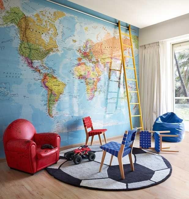 celebrity-homes-Hrithik-roshan-travel-room-world-map