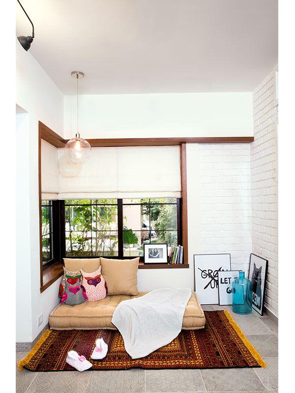 celebrity-homes-alia-bhatt-inspired-seating-floor-pillows-rug-art