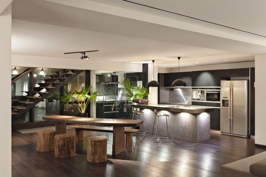 celebrity-homes-john-abraham-inspired-wooden-table-kitchen