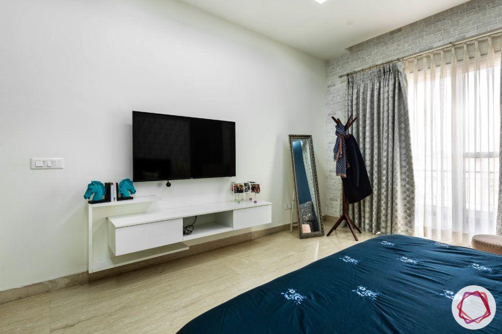 blue-bedroom-TV