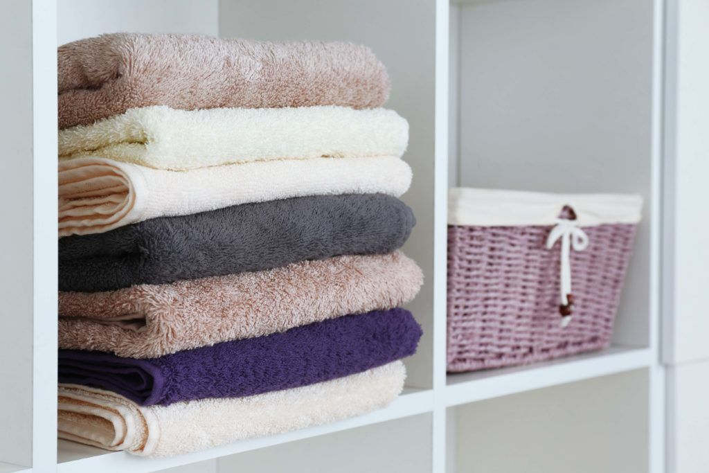 bathroom designs-bathroom linen-bath towels-towel stack-bathroom basket