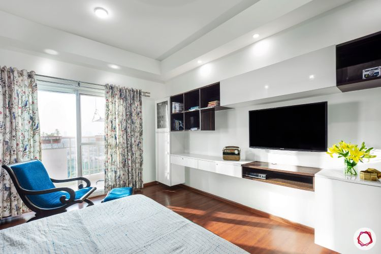 sunworld vanalika-master bedroom-tv unit-wall mounted white tv unit-false ceiling