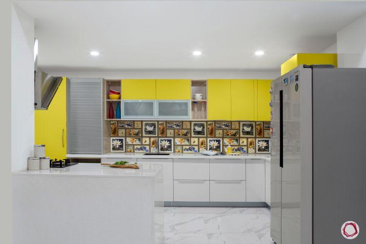 kitchen-countertops-quartz-white-yellow-fridge-backsplash