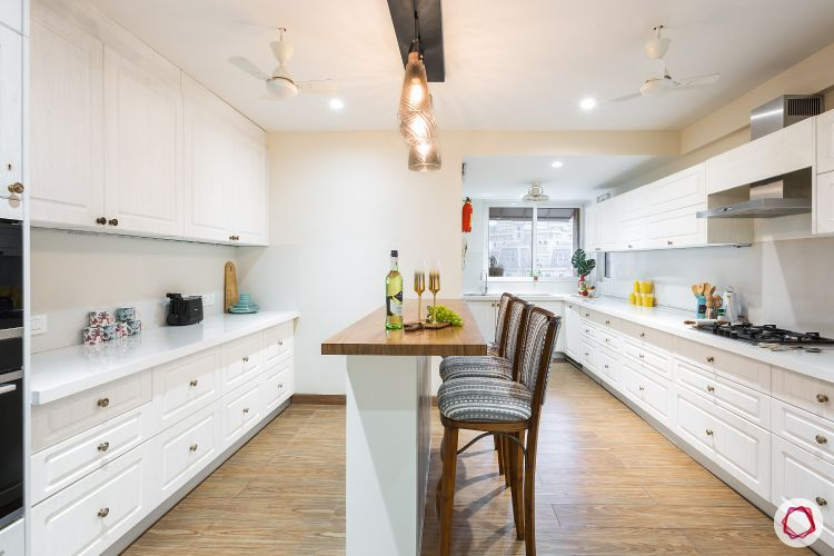 kitchen-countertop-white-quartz-countrystyle-cabinets-breakfast-table
