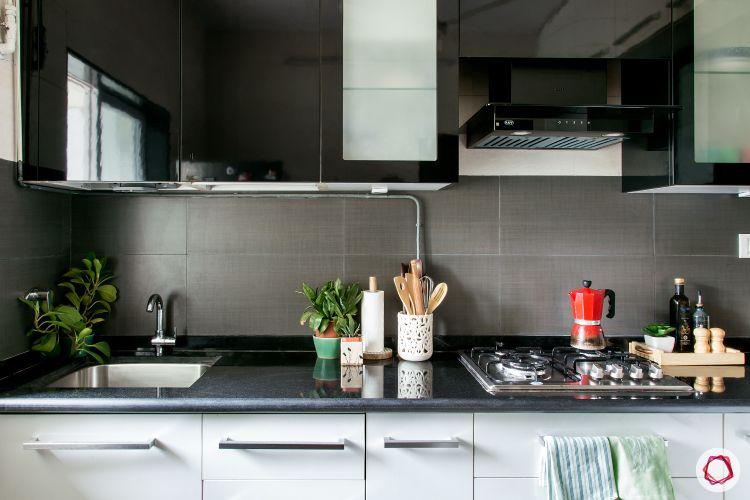 kitchen-for-eldery-granite-countertop