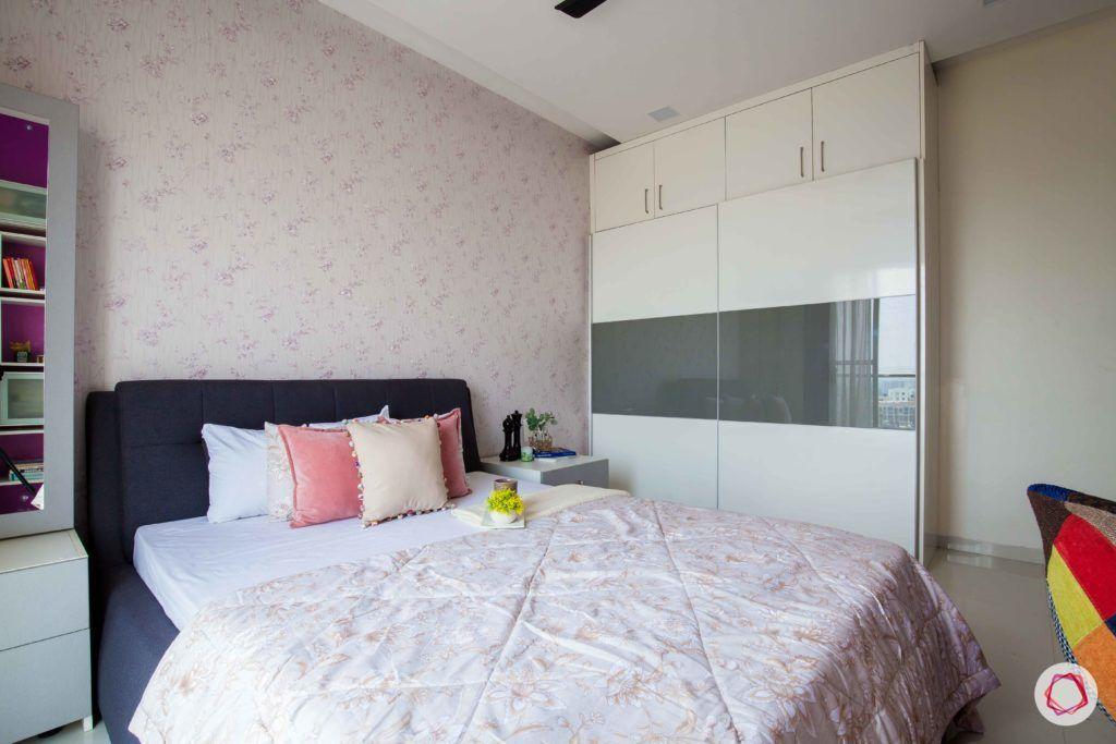 akshar elementa-master bedroom-sliding wardrobes-glossy wardrobes
