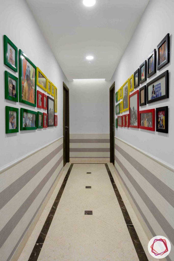 passage design ideas-photo frame designs-gallery wall designs